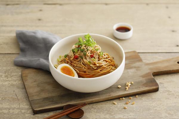 Mom's Dry Noodle - Spicy Oil Dan Dan Noodles.