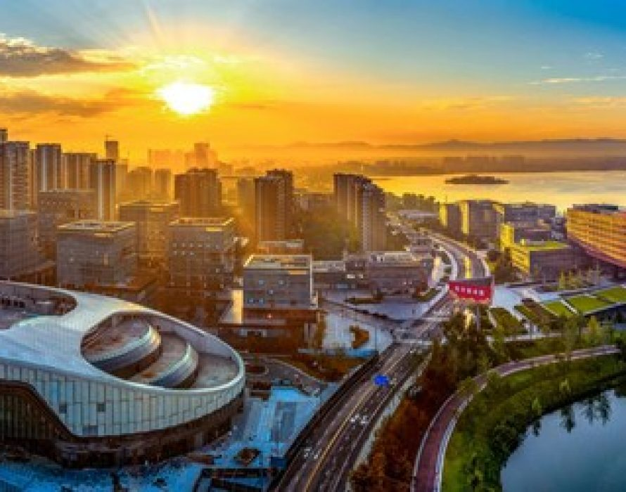 Chengdu spearheads western China's science and technology industries