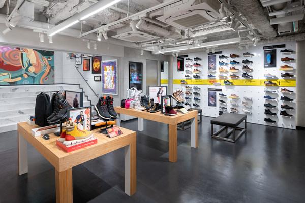 Cole Haan GrandShøp Cat Street - Interior