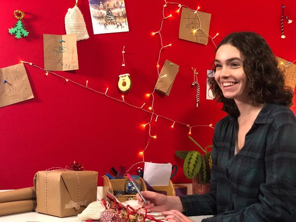 A resident prepares to spread some festive cheer as part of The Greatest Student Gift campaign