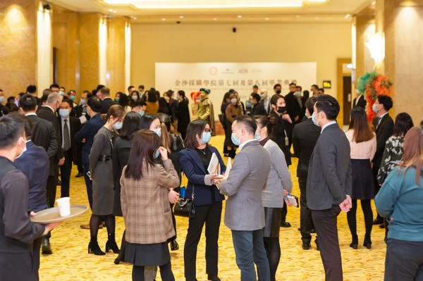 Graduates of the Sands Procurement Academy meet Sands China procurement representatives at a business matching session Friday at The Venetian Macao, immediately following a joint event for the 2020 Sands Supplier Excellence Awards and the latest Sands Procurement Academy graduation ceremony.
