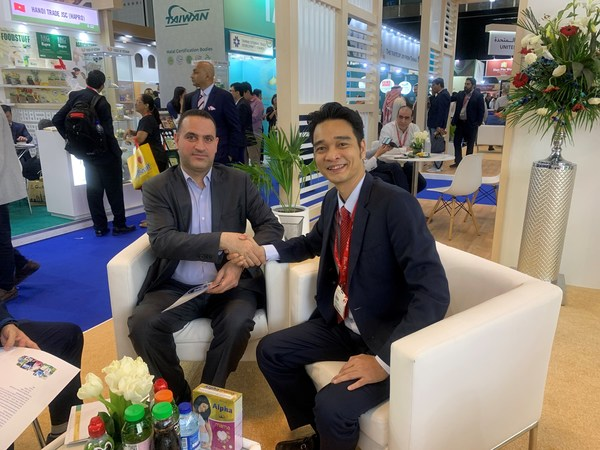 Vinamilk's determination to expand its brand presence in Asia-Pacific region to achieve annual targets