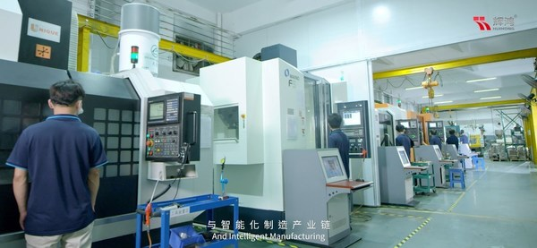 The mold department has multiple CNC (high speed), EDM (mirror), numerically controlled lathes, and multiple imported precision mold making equipment and coordinate measuring instruments