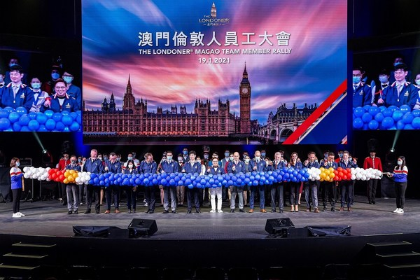 Sands China senior management joins the opening team of The Londoner Macao for a team member rally at The Londoner Theatre Tuesday.