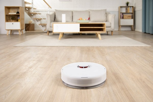 """2021 Robotic Vacuum Cleaner: """"Finder"""" from TROUVER Enables an All-in-One Smart Home Cleaning Experience."""