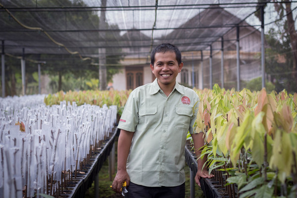 "Van Houten Professional will be the first mass market brand in Indonesia to offer sustainably sourced cocoa under the ""Cocoa Horizons"" program and will improve the livelihoods of cocoa farmers and their communities in areas such as Sulawesi"