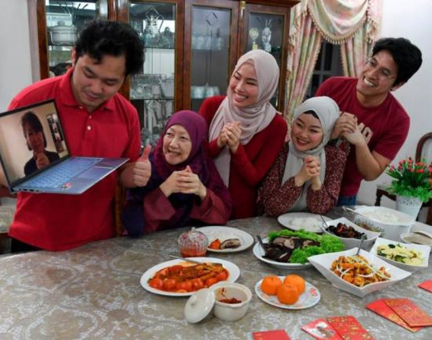 CNY Reunion Dinner saved by technology as siblings 'get together' virtually