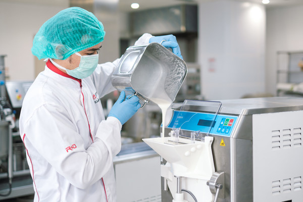 The R&D team of Sinar Mas Agribusiness and Food combines technology, process innovation, and expert knowledge to create high-quality products.