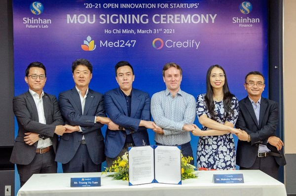 Credify and Med247 - a startup operating in the field of online and offline healthcare, signed an MOU on 31st March in Ho Chi Minh City