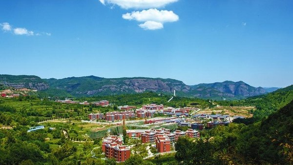 A view of Zhaojin Town, Tongchuan City, northwest China's Shaanxi Province. /Government of Tongchuan City