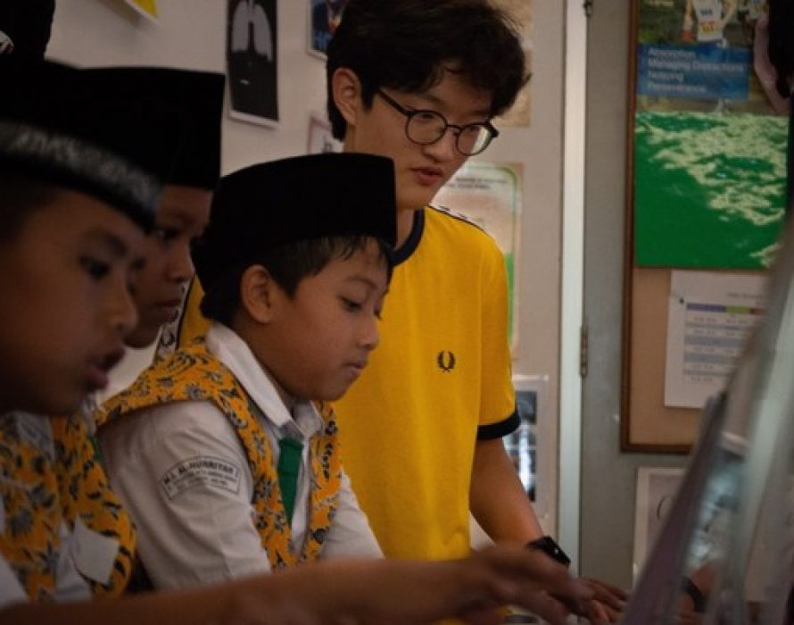 JIS Service Learning Supports Communities in Need