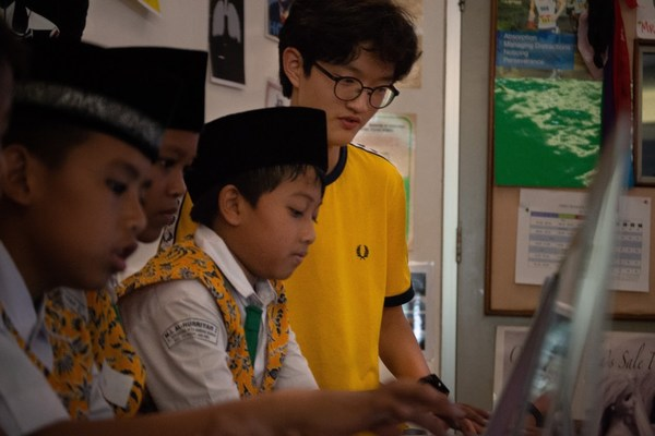Sangwook, a senior student of Jakarta Intercultural School (JIS) engages in community outreach that makes a difference.