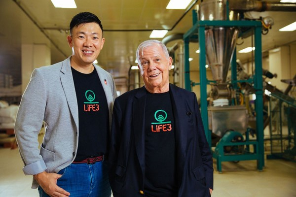 Jim Rogers, pictured here with Ricky Lin, CEO and Founder of Life3 Biotech will head the Board of Investors