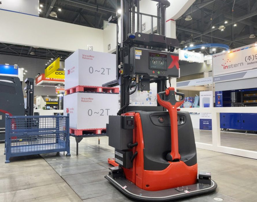 VisionNav showcased latest driverless industrial vehicles and solution at KoreaMAT