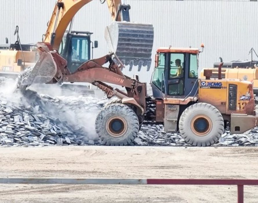 XCMG Delivers Super Order of 100 Units of LW500FN Wheel Loaders to BRI Countries in Southeast Asia
