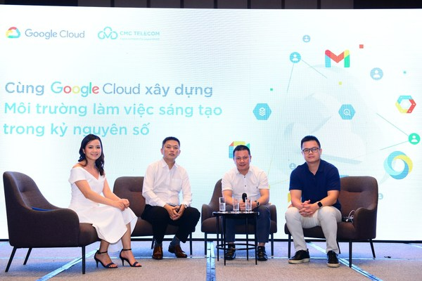 Mr. Le Anh Vu (white shirt, right) in a co-organized event between Google Cloud and CMC Telecom