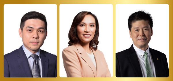 (Left to Right) Chiak Tang, Chief Operating Officer, DoctorOnCall, Ms. Luksanawan Thangpaibool, Country Manager, Pfizer Malaysia & Brunei, Mr Ronnie Lim, Managing Director and Country Head of Personal Financial Services, UOB Malaysia.