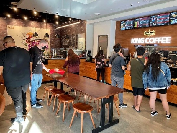 Fastest Growing Coffee Brand From Vietnam, TNI King Coffee Opens Its First Coffee-chain Store in the United States.