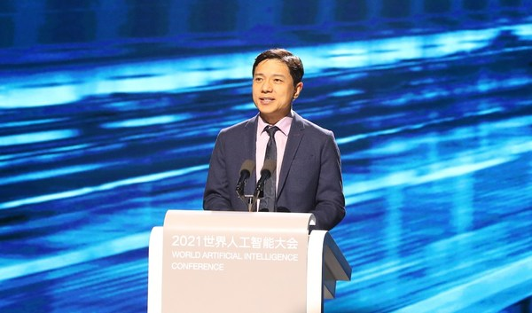 Baidu CEO Robin Li discusses the social value of AI during a keynote speech at the WAIC