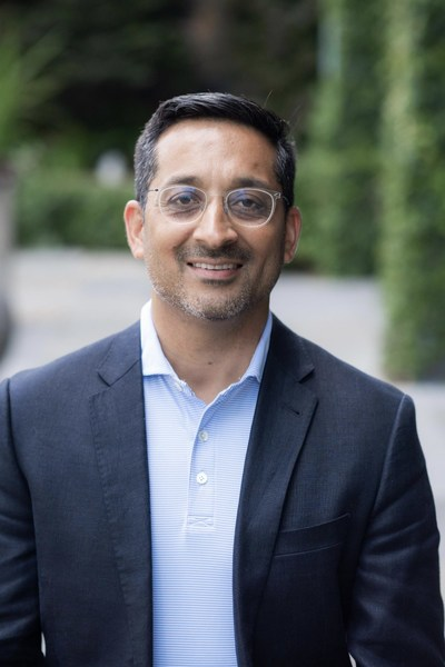 Paroon Chadha co-founded OnBoard's parent company, Passageways, in 2003 and continues to lead business strategy and operations for OnBoard and its sister solution, OnSemble, as CEO.