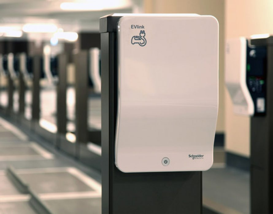 Schneider Electric leads the development of sustainable mobility in Hong Kong with a plan to expand its footprint to 15,000 EV chargers by 2025