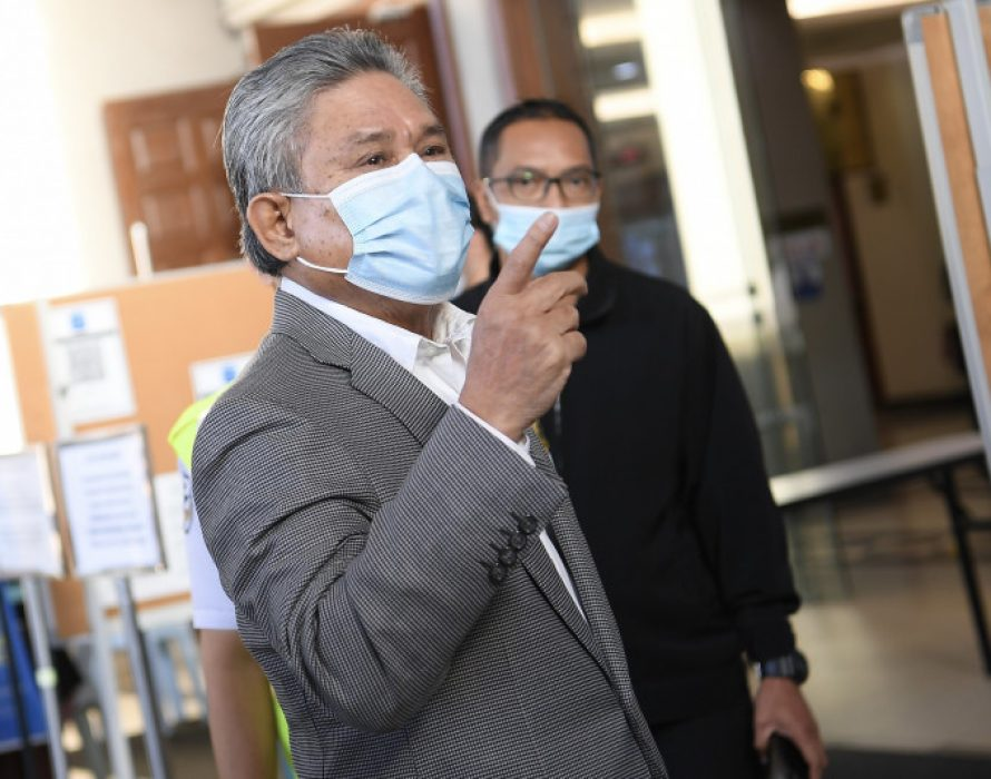 Ex-Mara Inc chairman's graft case: Over 485 exhibits served to defence team