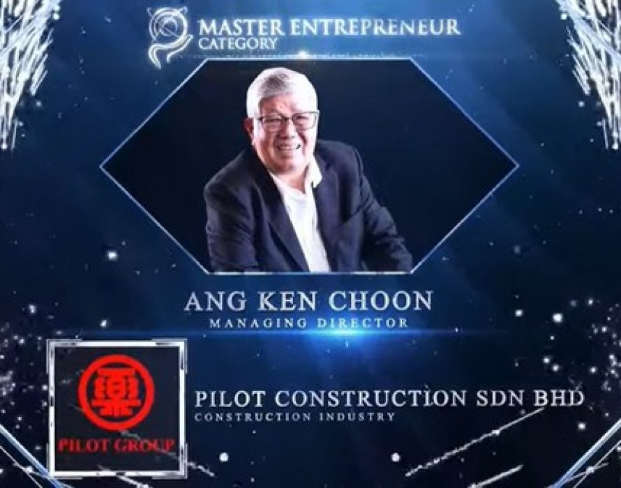 Ang Ken Choon of Pilot Construction Sdn Bhd receives the Master Entrepreneur Award at the Asia Pacific Enterprise Awards 2021 Regional Edition
