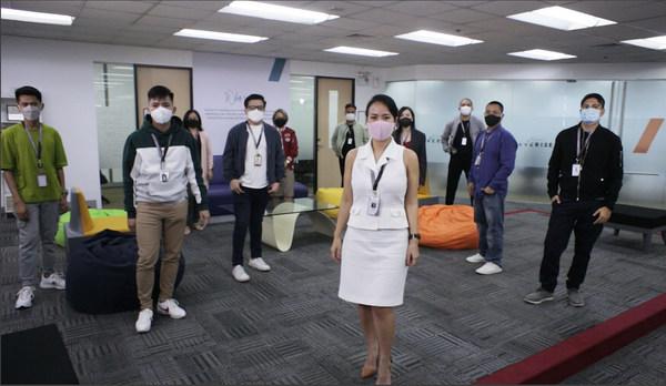 Everise Philippines centre, Kristine Bondoc and management team.