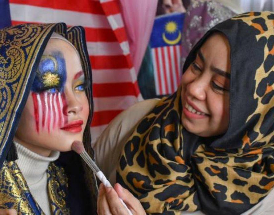 Bridal boutique owner creates Jalur Gemilang – inspired makeup look