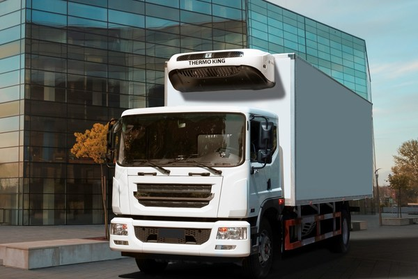A cold chain transport truck equipped with the T-80E series unit