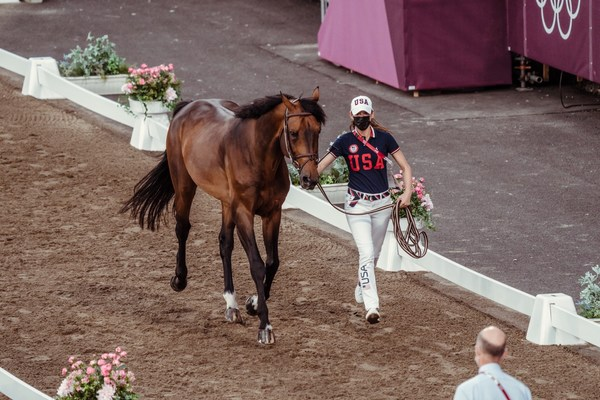 America's Jessica Springsteen and Don Juan van de Donkhoeve at this evening's second Horse Inspection ahead of tomorrow's Jumping Team Qualifier at the Tokyo 2020 Olympic Games in Baji Koen (FEI/Christophe Taniere)