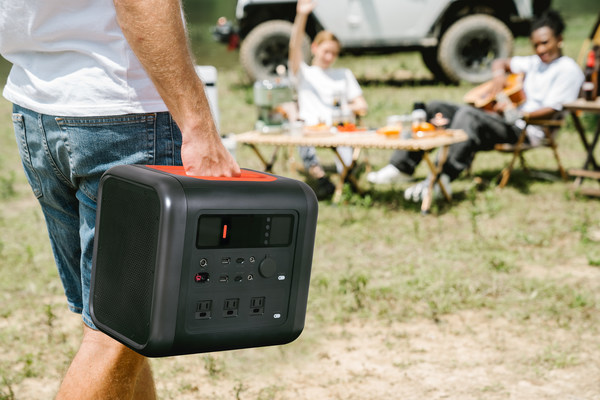 The portable Power Station Tera 1000 is a perfect outdoor energy solution.