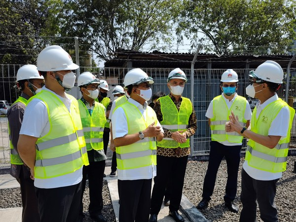 Wireless and Microwave Equipment Installation Training for Vocational Teachers Held in Collaboration with Huawei Indonesia