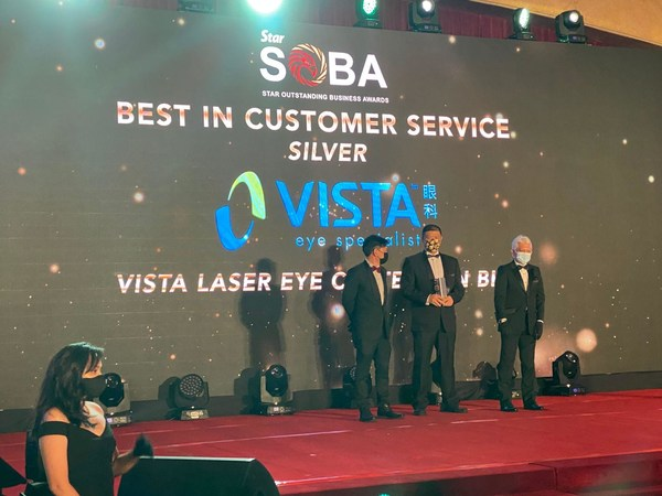 VISTA Eye Specialist was awarded the Best in Customer Service by The SOBA 2020 at the awards ceremony in March 2021.