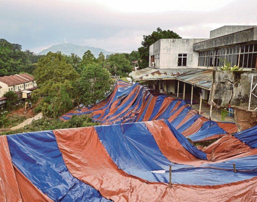 Kemensah Heights landslide: Residents hope slope repair works can be done quickly